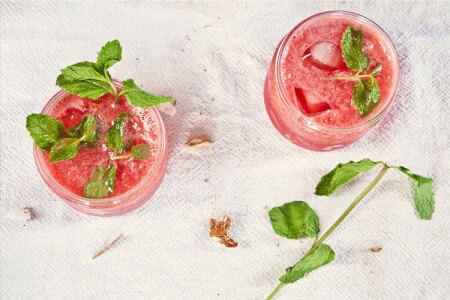 Rustic Cocktail Class in Swansea for your hen party with hen maximise