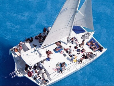 Catamaran Cruise with Unlimited Drinks