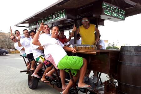 Beer Bike pour mon EVG à Barcelone | Enterrement de vie de garçon | idée enterrement de vie de garçon | activité enterrement de vie de garçon | idée evg | activité evg