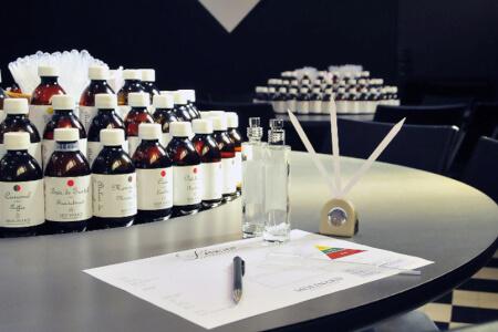 Création de parfum pour mon EVJF à Glasgow | Enterrement de vie de jeune fille | idée evjf | idée enterrement de vie de jeune fille | activité evjf |activité enterrement de vie de jeune fille
