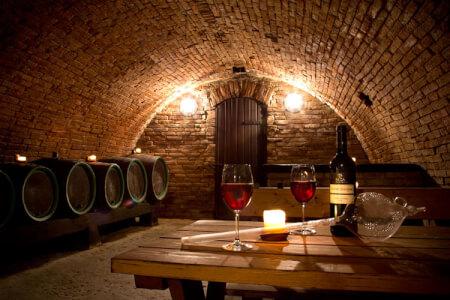 Dégustation de vins pour mon EVJF à Malte | Enterrement de vie de jeune fille | idée evjf | idée enterrement de vie de jeune fille | activité evjf |activité enterrement de vie de jeune fille