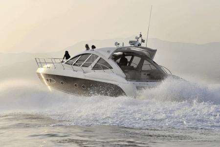 VIP Yachttour  für meinen JGA in Hvar | Junggesellenabschied