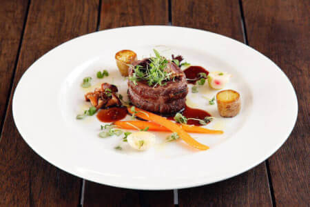 Enjoy this Gourmet Dinner Activity during the Malta Hen Weekend