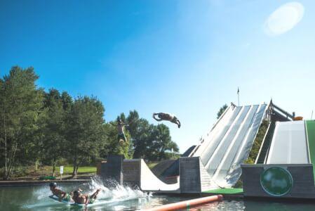 Waterjump pour mon EVG à Biarritz | Enterrement de vie de garçon | idée enterrement de vie de garçon | activité enterrement de vie de garçon | idée evg | activité evg