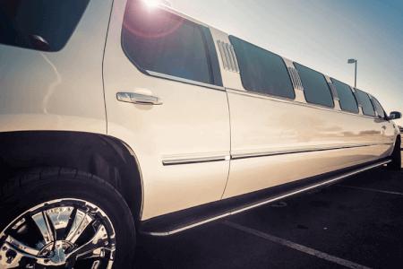 Lincoln Limousine in Prag mit Crazy-Junggesellinnenabschied