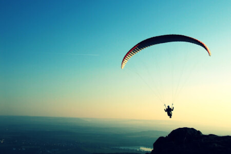 Paragliding for my Lisbonne Stag Do | Maximise Stag Weekends