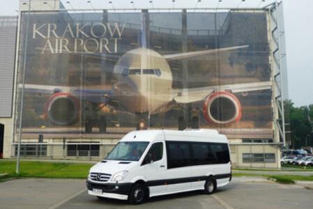 Transfert en minibus pour mon EVG à Cracovie | Enterrement de vie de garçon | idée enterrement de vie de garçon | activité enterrement de vie de garçon | idée evg | activité evg