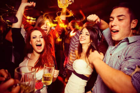 Bar Crawl with Drinks & Club Entry for my Split Hen Party | Maximise Hen Weekends