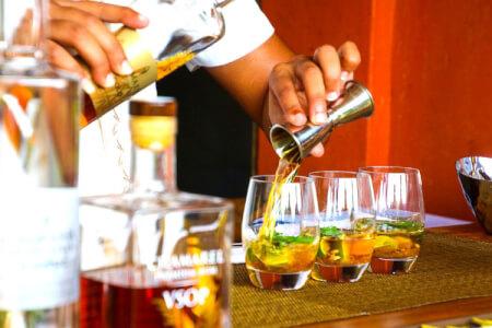 Atelier Cocktail pour mon EVG à Séville | Enterrement de vie de garçon | idée enterrement de vie de garçon | activité enterrement de vie de garçon | idée evg | activité evg