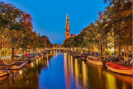 Bootstour mit Pizza + Bier für meinen JGA in Amsterdam   Junggesellinnenabschied