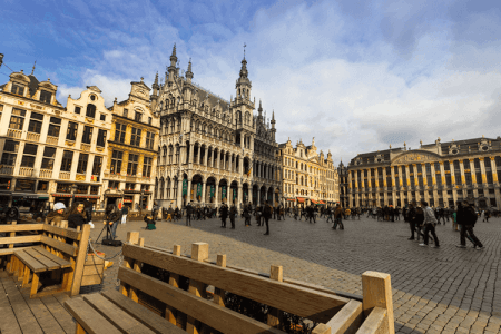 Dinner, Grand Place, Brussels, Hen weekend, Hen Party Brussels, Maximise Hen Weekends