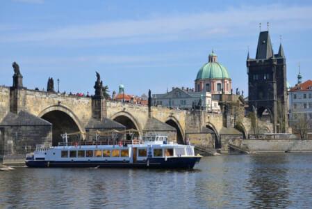 Bootsfahrt & Drinks für euren JGA in Prag mit Crazy-Junggesellinnenabschied