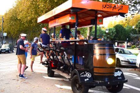 Beer Bike Open Bar pour mon EVG à Lisbonne | Enterrement de vie de garçon | idée enterrement de vie de garçon | activité enterrement de vie de garçon | idée evg | activité evg