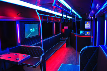 Party Bus Manchester for your hen weekend with hen Maximise