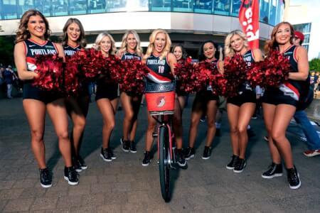 5x5 & Cheerleader | Bratislava | Crazy-JGA
