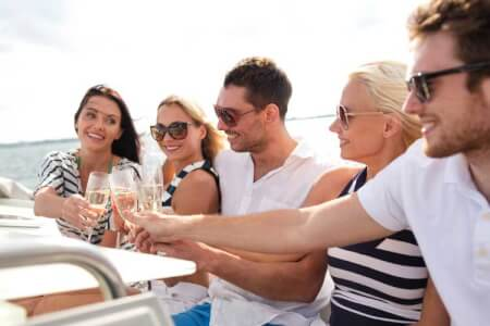 BBQ Party Boat, hen party Barcelona, Barcelona hen weekend ideas, Hen party ideas Barcelona