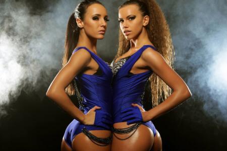 Lesbian Strip Show Benalmadena