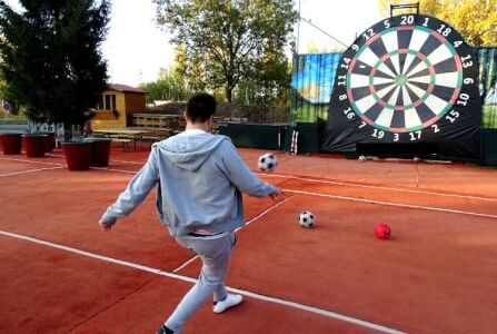Footdarts London for your stag weekend with stag Maximise