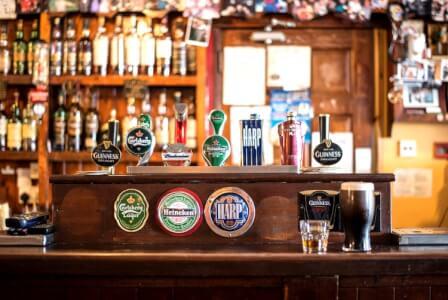 Irish Pub pour mon EVG à Francfort | Enterrement de vie de garçon | idée enterrement de vie de garçon | activité enterrement de vie de garçon | idée evg | activité evg