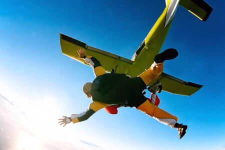Tandem Sky Diving for my Warsaw Stag Do | Maximise Stag Weekends