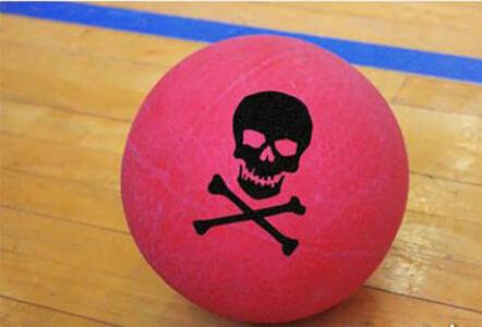 Dodgeball pour mon EVJF à Manchester - OFFLINE | Enterrement de vie de jeune fille | idée evjf | idée enterrement de vie de jeune fille | activité evjf |activité enterrement de vie de jeune fille