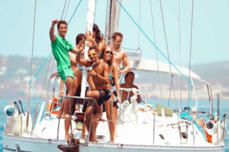 Catamaran Party stag do Valencia Maximise