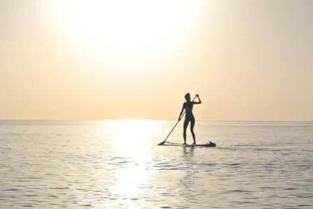 Stand up Paddle pour mon EVJF à Mallorca | Enterrement de vie de jeune fille | idée evjf | idée enterrement de vie de jeune fille | activité evjf |activité enterrement de vie de jeune fille