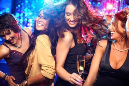 Party Bus Bar Crawl with Food Nottingham for my Nottingham(Maximise) Hen Party | Maximise Hen Weekends