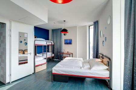 Hôtel Moderne pour mon EVJF à Amsterdam | Enterrement de vie de jeune fille | idée evjf | idée enterrement de vie de jeune fille | activité evjf |activité enterrement de vie de jeune fille