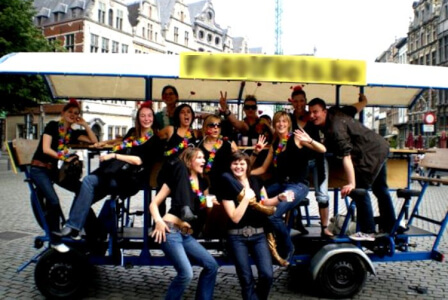 Beer Bike  pour mon EVJF à Bruxelles | Enterrement de vie de jeune fille | idée evjf | idée enterrement de vie de jeune fille | activité evjf |activité enterrement de vie de jeune fille