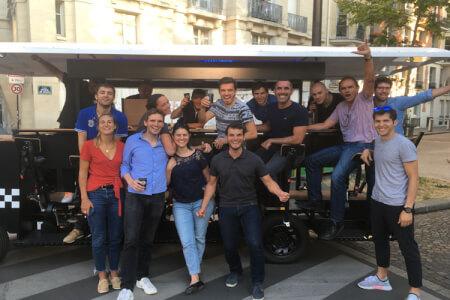 Beer Bike pour mon EVG à Paris | Enterrement de vie de garçon | idée enterrement de vie de garçon | activité enterrement de vie de garçon | idée evg | activité evg