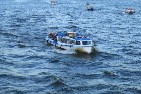 Prosecco Boot | JGA in Hamburg | Crazy-Junggesellinnenabschied