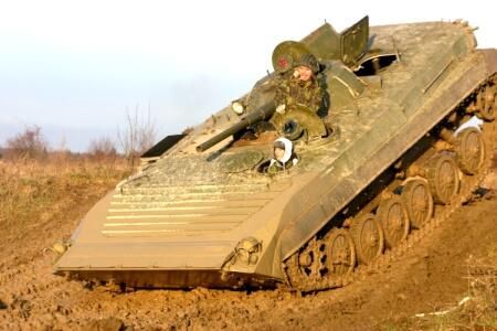 Conduite de char d'assaut pour mon EVG à Prague | Enterrement de vie de garçon | idée enterrement de vie de garçon | activité enterrement de vie de garçon | idée evg | activité evg