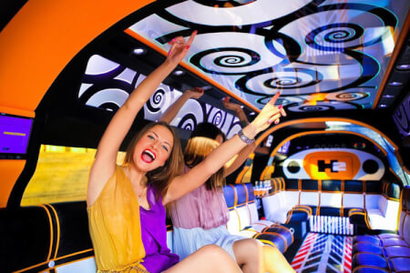 VW Super Stretch Limo City Tour for my Berlin Hen Party | Maximise Hen Weekends