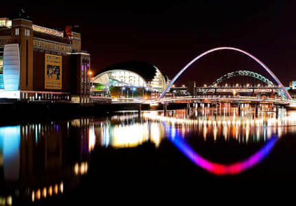 BBQ Riverboat Cruise Newcastle for your stag weekend with stag maximise