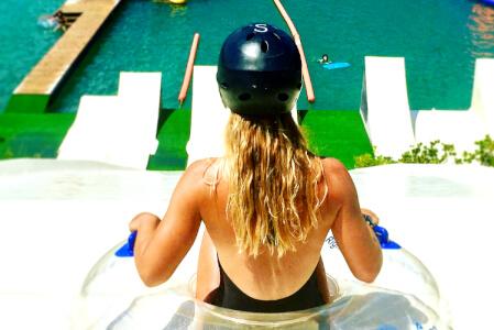 Waterjump  pour mon EVJF à Biarritz | Enterrement de vie de jeune fille | idée evjf | idée enterrement de vie de jeune fille | activité evjf |activité enterrement de vie de jeune fille