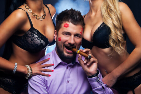 Strip club & open bar stag do in Bucharest with Maximise