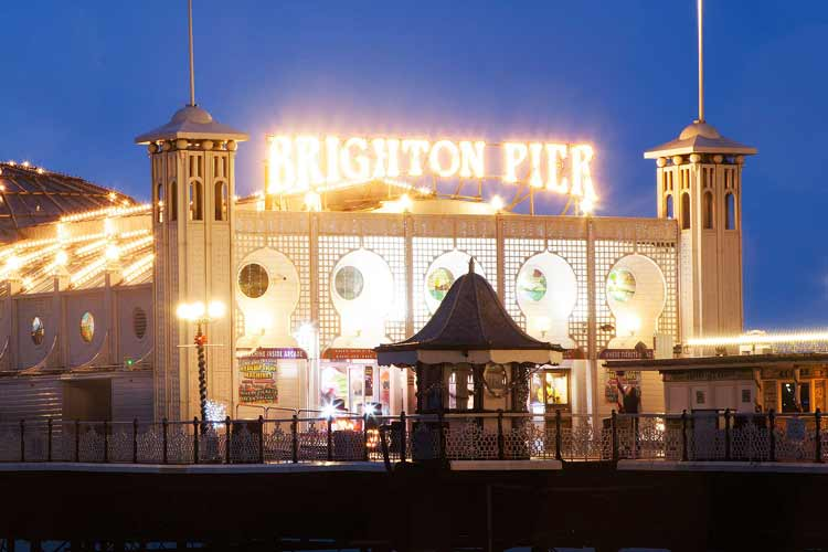 Create your own Brighton hen weekend with wild hen party nightlife, activities and accommodation to pick from. You pick and Maximise will perfect your hen party in Brighton.