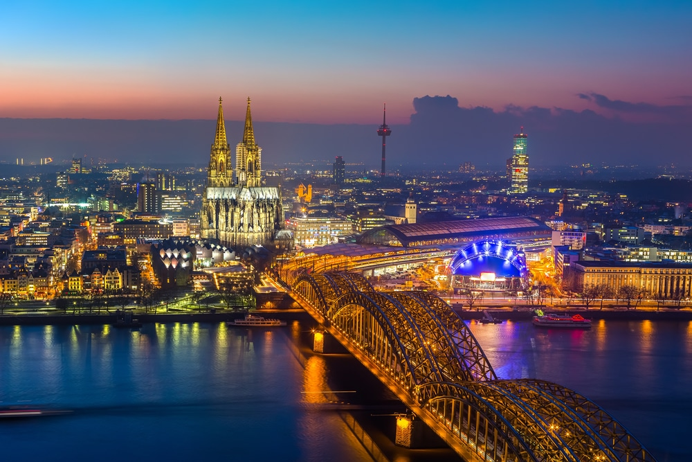 Steins and frauleins for your stag do in Cologne are guaranteed. Pick your stag party activities, nightlife and accommodation and Maximise will do the rest.