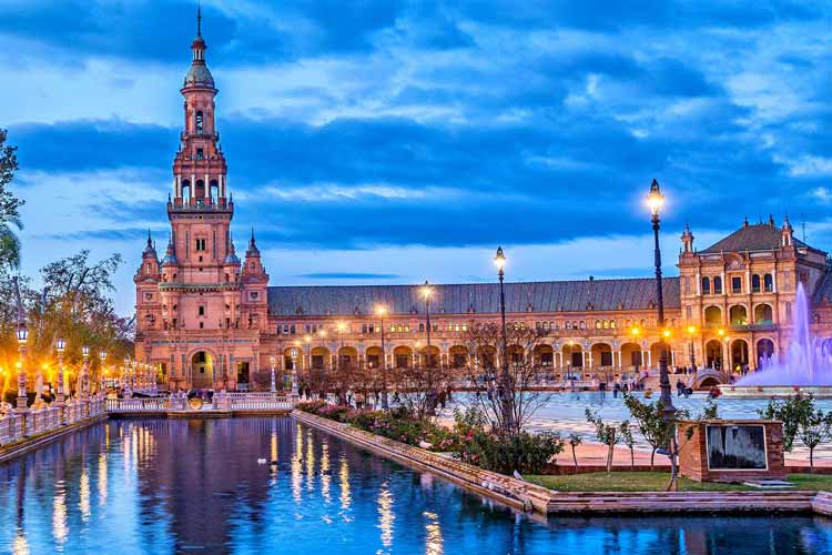 An authentically Spanish stag do in Seville, pick from epic stag party nightlife, activities, hotels and loads more for your Seville stag weekend.