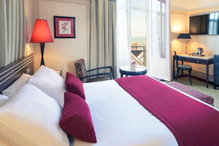 4-Star Hotel Cardiff for your maximise hen party