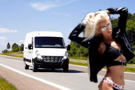 Transfert en bus + strip pour mon EVG à Bratislava | Enterrement de vie de garçon | idée enterrement de vie de garçon | activité enterrement de vie de garçon | idée evg | activité evg