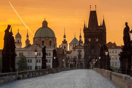 Stadtführung Prag & Ice Pub Besuch für meinen JGA in Prague   Junggesellenabschied