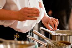 Atelier cuisine & déjeuner pour mon EVJF à Dijon | Enterrement de vie de jeune fille | idée evjf | idée enterrement de vie de jeune fille | activité evjf |activité enterrement de vie de jeune fille