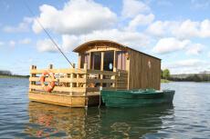 Cabane sur l'eau  pour mon EVJF à Deauville | Enterrement de vie de jeune fille | idée evjf | idée enterrement de vie de jeune fille | activité evjf |activité enterrement de vie de jeune fille