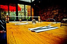 Diner Lounge  pour mon EVG à Dijon | Enterrement de vie de garçon | idée enterrement de vie de garçon | activité enterrement de vie de garçon | idée evg | activité evg