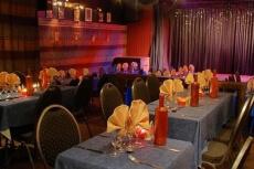 Diner tradi & Cabaret  pour mon EVG à Toulouse | Enterrement de vie de garçon | idée enterrement de vie de garçon | activité enterrement de vie de garçon | idée evg | activité evg