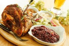 Traditionelles Abendessen für meinen JGA in Belgrad | Crazy-JGA