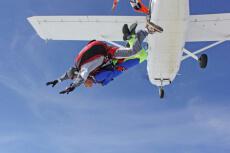 Fallschirmspringen für meinen JGA in Poznan    Junggesellenabschied