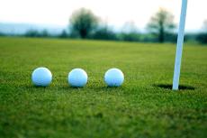 Golf Urbain pour mon EVG à Düsseldorf | Enterrement de vie de garçon | idée enterrement de vie de garçon | activité enterrement de vie de garçon | idée evg | activité evg